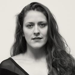JULIA EICHTEN