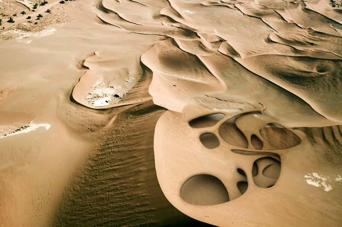 Dune (virtual rendering of lanscaping progress based on bacillus pasteurii) © Magnus Larsson