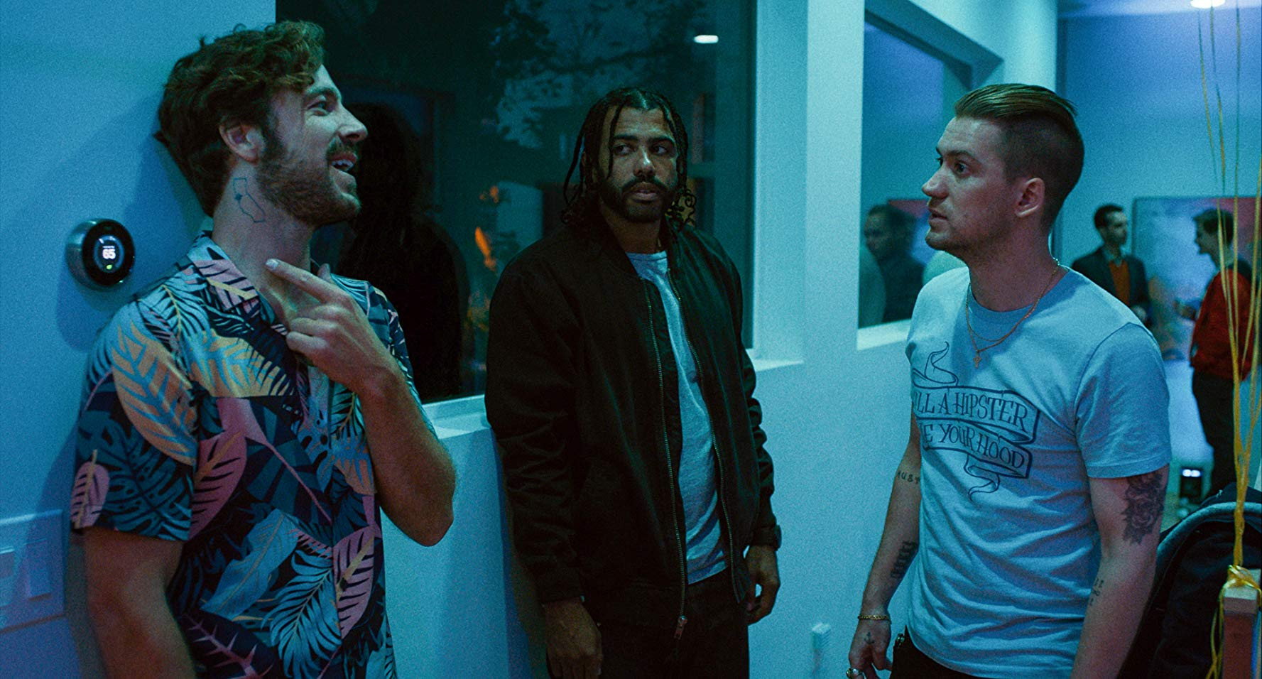 Blindspotting (Carlos López Estrada, 2018)  About racism, privilege, gentrification and appropriation of place and language in Oakland. Parts of the film I related to here in Dubai.
