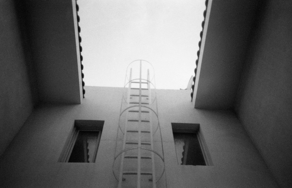 Feb 25 - Ladder, Dubai