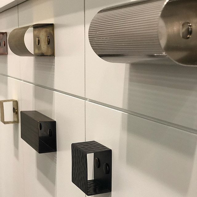 Modern viewpoint... We love thsee cabinet pulls found at @icff_official this spring! From the beautiful @hoffmanhardware line 😍 #whatsnew #discoveries #modern #cabinetry #icff #nycdesign #sfdesign #interiordesigner #unique #love #spotted #jocollectivefinds