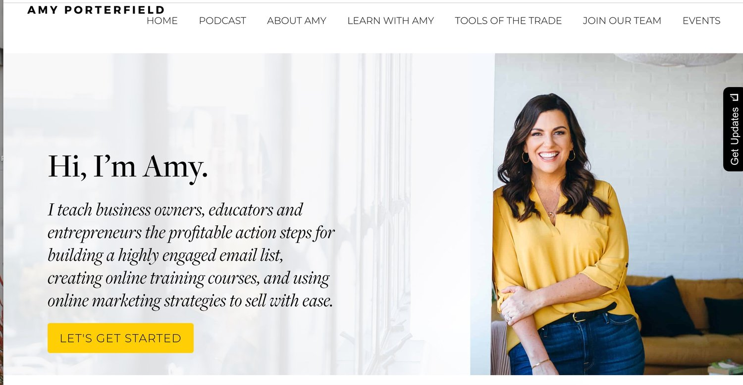 """Here is my girl Amy Porterfield. She has all of the important info on the first page so that you can see who she is, what she does, and how to get more information, ALL """"above the fold."""""""