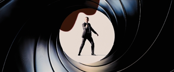 Daniel Craig in  Skyfall  - EON PRODUCTIONS/B23/COLUMBIA PICTURES/MGM/UNITED ARTISTS