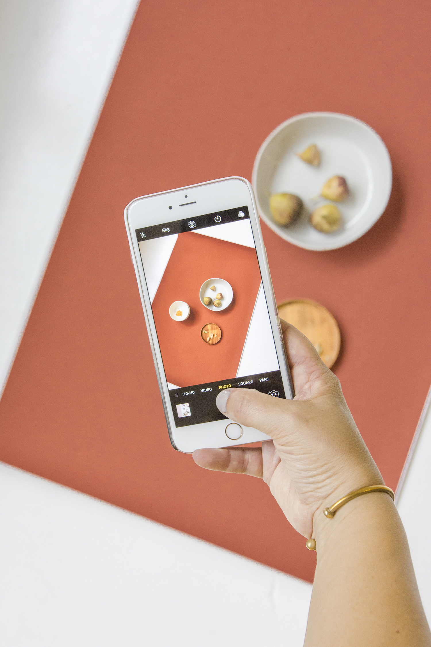 Taking picture of flatlay on phone