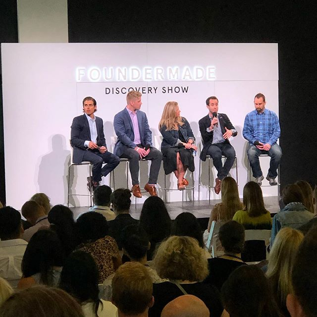 Having a great time today at the @foundermade Consumer Discovery show in NYC discovering all kinds of new modern brands within the wellness, food, and beauty space! . . . #consumerdiscoveryshow #foundermade #foundermadediscoveryshow #influencermarketing #buildingabrand #digitalbrands #startups #discoveryshow