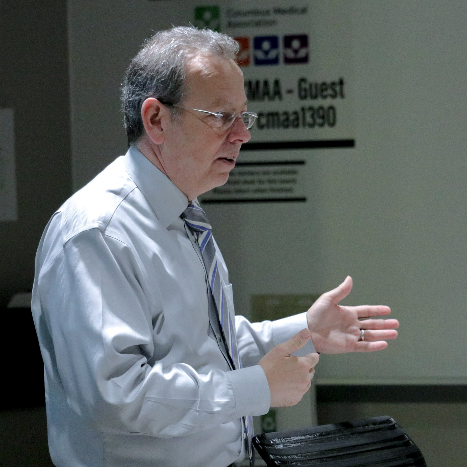 Derek Rowan presenting the HICS training