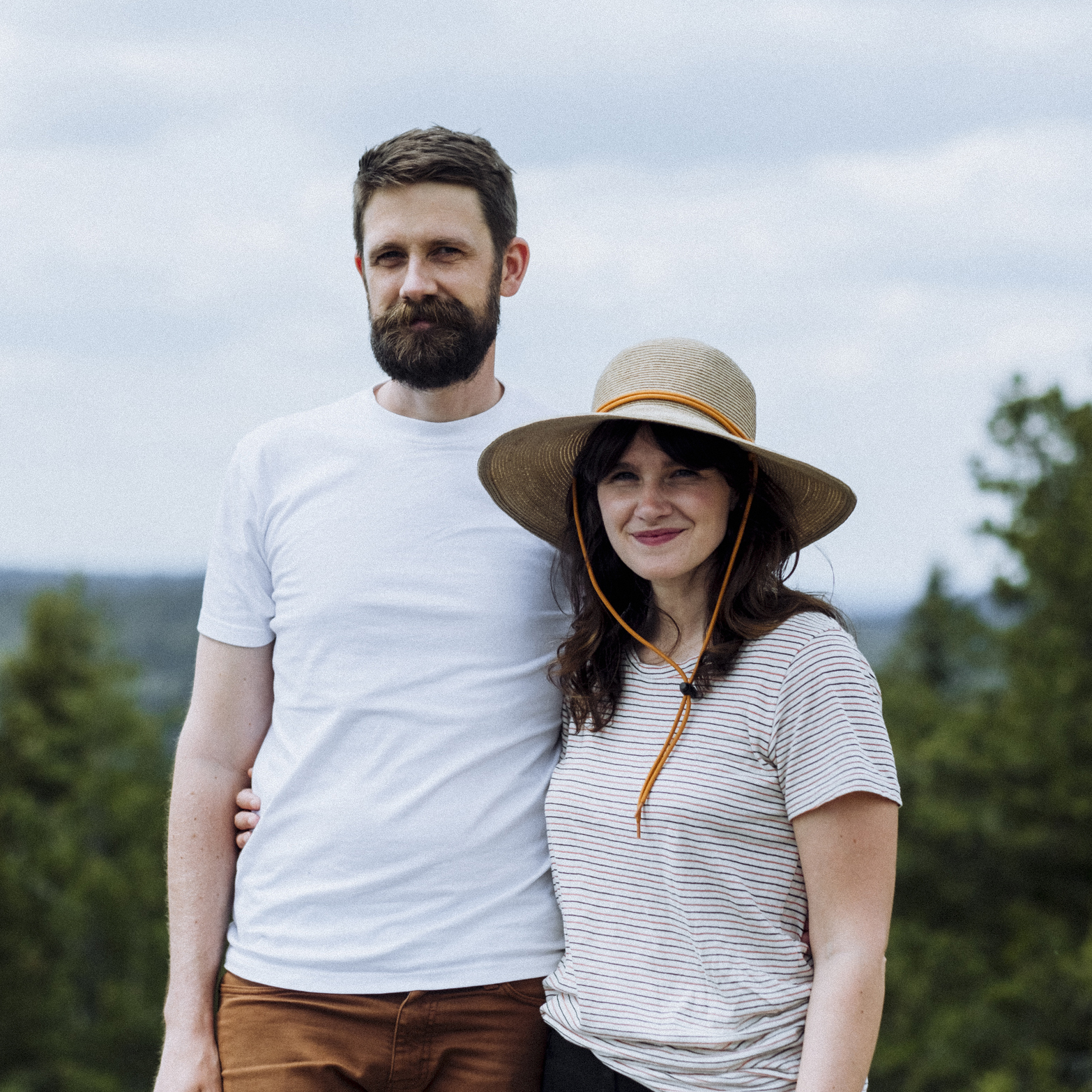 ABOUT THE AUTHORS - Megan McLellan & Emanuel Smedbol are photographers from Vancouver, BC. Driven by a passion for sharing local trips & trails, they started the adventure blog Field and Forest. When they aren't out hiking & camping you can usually find them strolling around the neighbourhood daydreaming about hiking and camping. W: fieldandforest.co IG: @fieldandforest