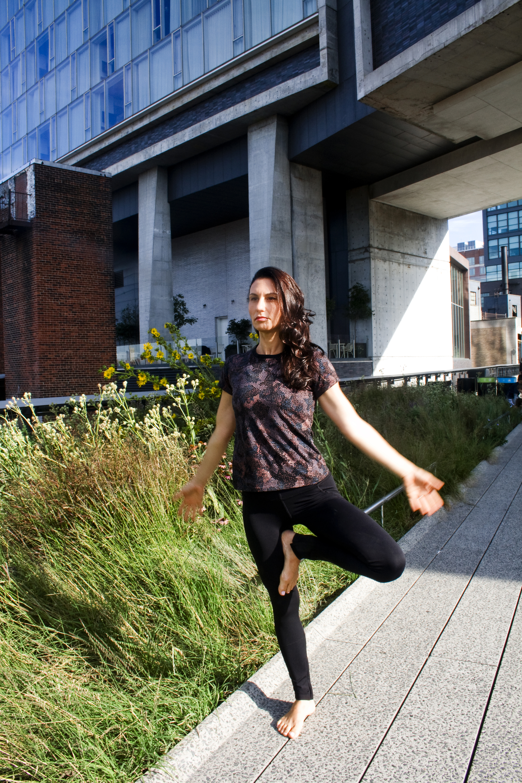 julie-highline-yoga1 (3).jpg