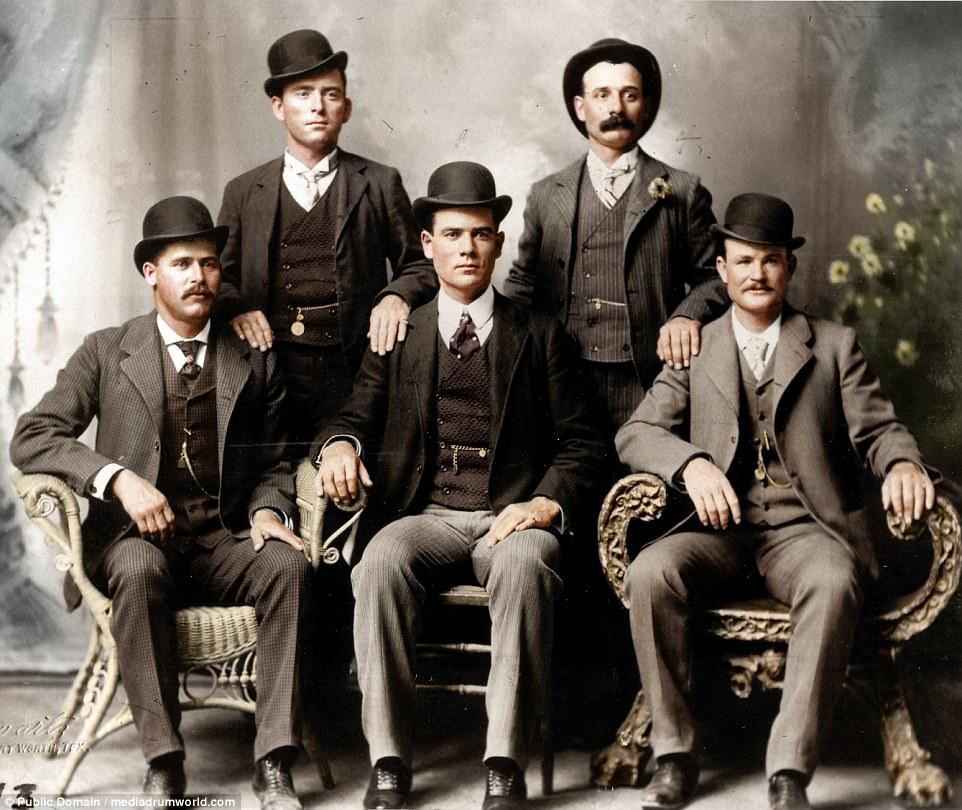 Fort Worth Five, Texas - vers 1900 - source http://www.dailymail.co.uk