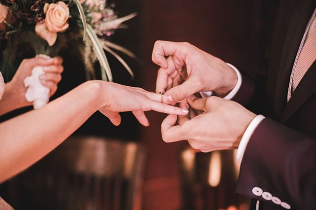 S&T 💕 ⠀⠀⠀⠀⠀⠀⠀⠀⠀ ⠀⠀⠀⠀⠀⠀⠀⠀⠀⠀⠀⠀⠀⠀⠀⠀⠀⠀ #wedding #weddingphotography #trouwfotografie #trouwfotograaf #weddingshoot #bride #groom #dutchwedding #fotograaf #beautifulwedding #proposal #verloofd #wijgaantrouwen #prinsnagtegaal #wijgaantrouwen #trouwen #bruid #bruidegom #verloofde #bruiloft #bruidsfotograaf #verlovingsshoot #isaidyes #bridetobe