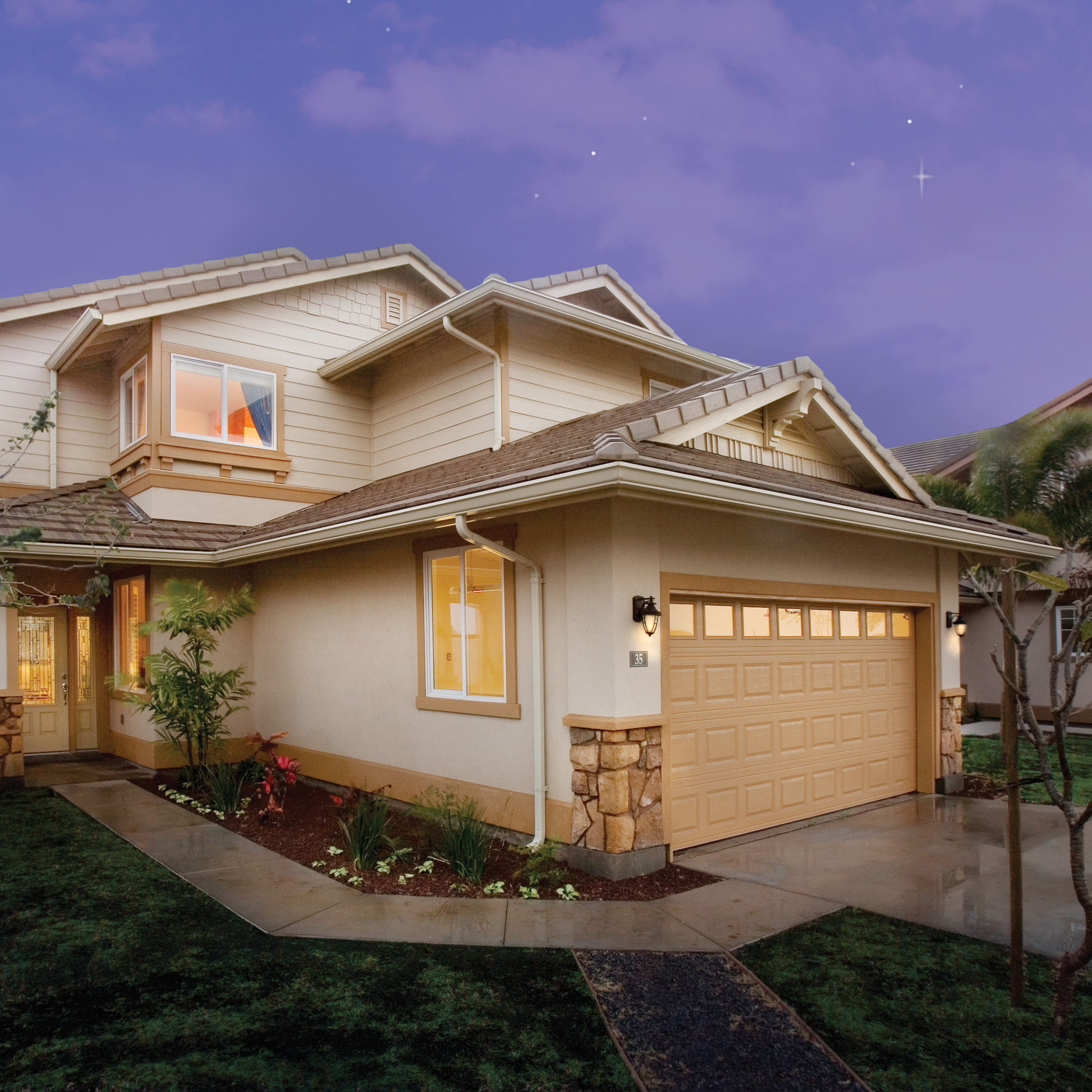 HIGHPOINTE    Makakilo, Oahu Island, Hawaii   On the foothills of the Waianae mountain range, the Highpointe development encompasses over 400 single family homes spread across 12 one and two story model types. These spacious homes range in size from 1,800 to 2,500 square feet.