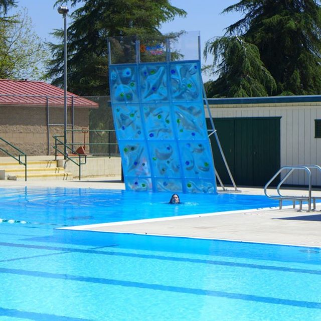 The more you know ➡️ _ -Pre-assembled full height units delivered ready for installation  _ -Easy local contractor or maintenance staff installation  _ -Step by step installation guide online with video links  _ -100% deck install - No wet feet  _ -Minimal tools required  _Call us today if you have any questions or think AquaClimb might me a great fit for your pool! . . . . #aquaclimb #pool #poolside #adventure #climbingwall #climb #pooltoys #poolaccessories #outside #play #sports #outdoors #colorado #california #texas #pennsylvania #texas #reccenter #aquatics #aquaticcenter #camp #photo #potd #citypark #park #parksandrec