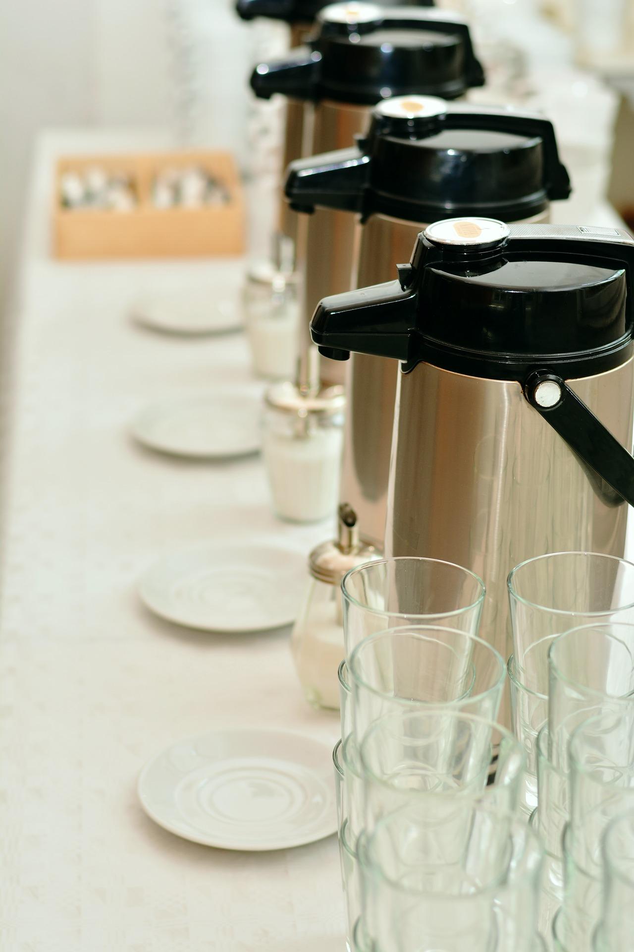 coffee-dispenser-3315998_1920.jpg