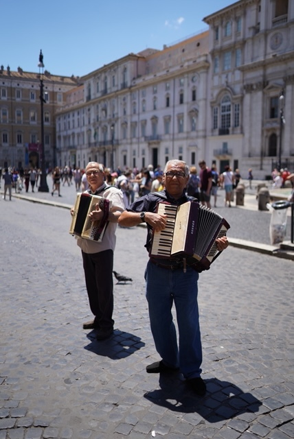 Musicians on the streets of Rome