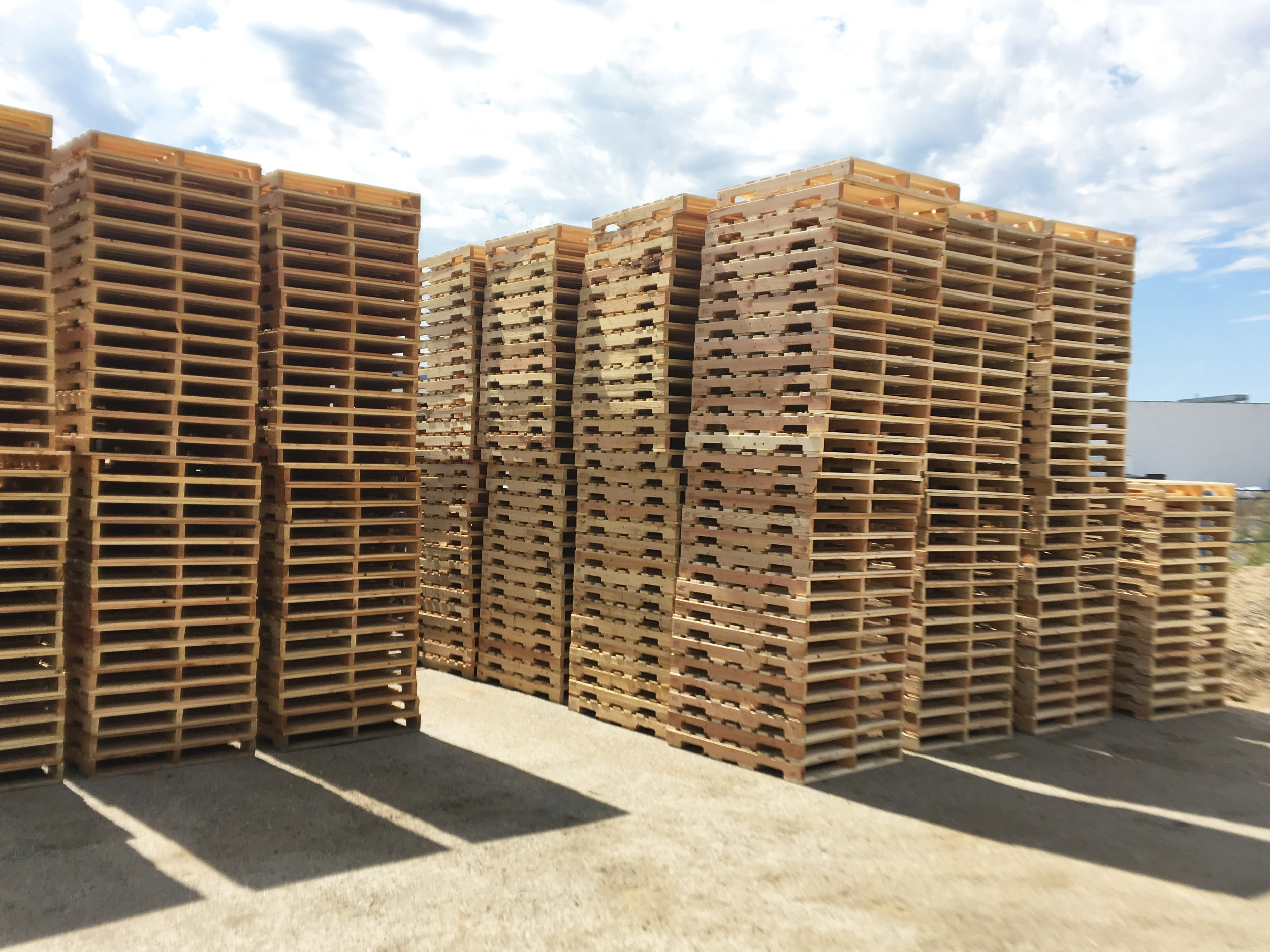 Pallets & Crating - Standard and custom pallets available. HT export pallets, crating, and more.