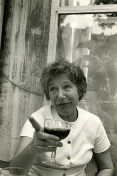 ^ Photo: Henri Cartier-Bresson