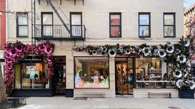 Dreaming about our floral holiday installations
