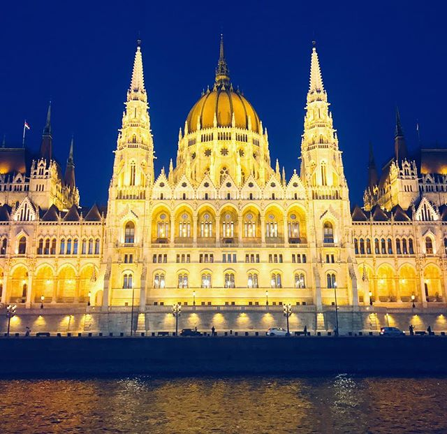 A river cruise down tbe Danube is a must when you're in #budapest.  The Hungarian Parliament Building is illuminated and gorgeous.  #rivercruise