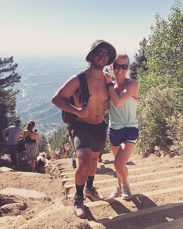 Don't know why we felt INCLINED to do that 💪🏼😂 #manitouincline #colorado
