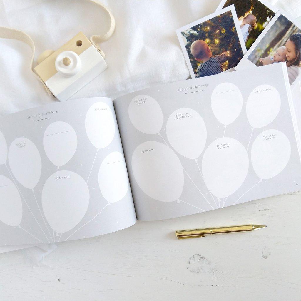Silver+Foil+Luxury+Baby+Memory+Book6.jpg