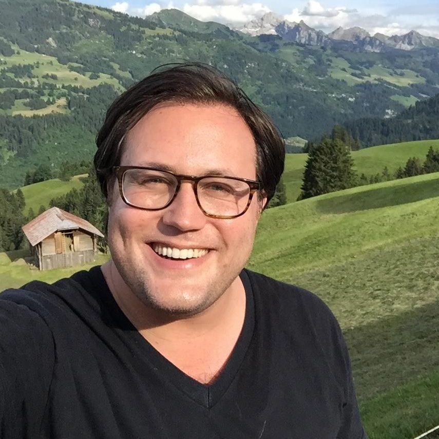 Alex is the founder and CEO of  Campfire , an experiential dating company. Through facilitation, education and play, Alex helps people skip the small talk and form deeper connections. Outside of work, you'll find Alex hosting dinner parties, playing music, skiing or drooling over fast cars.