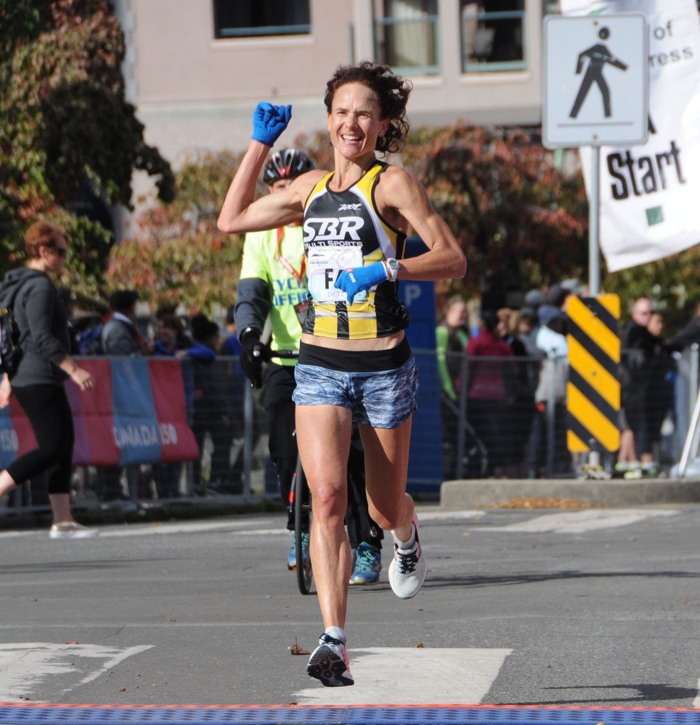 Margreet+Dietz+-+2017+Victoria+Marathon+2.jpg