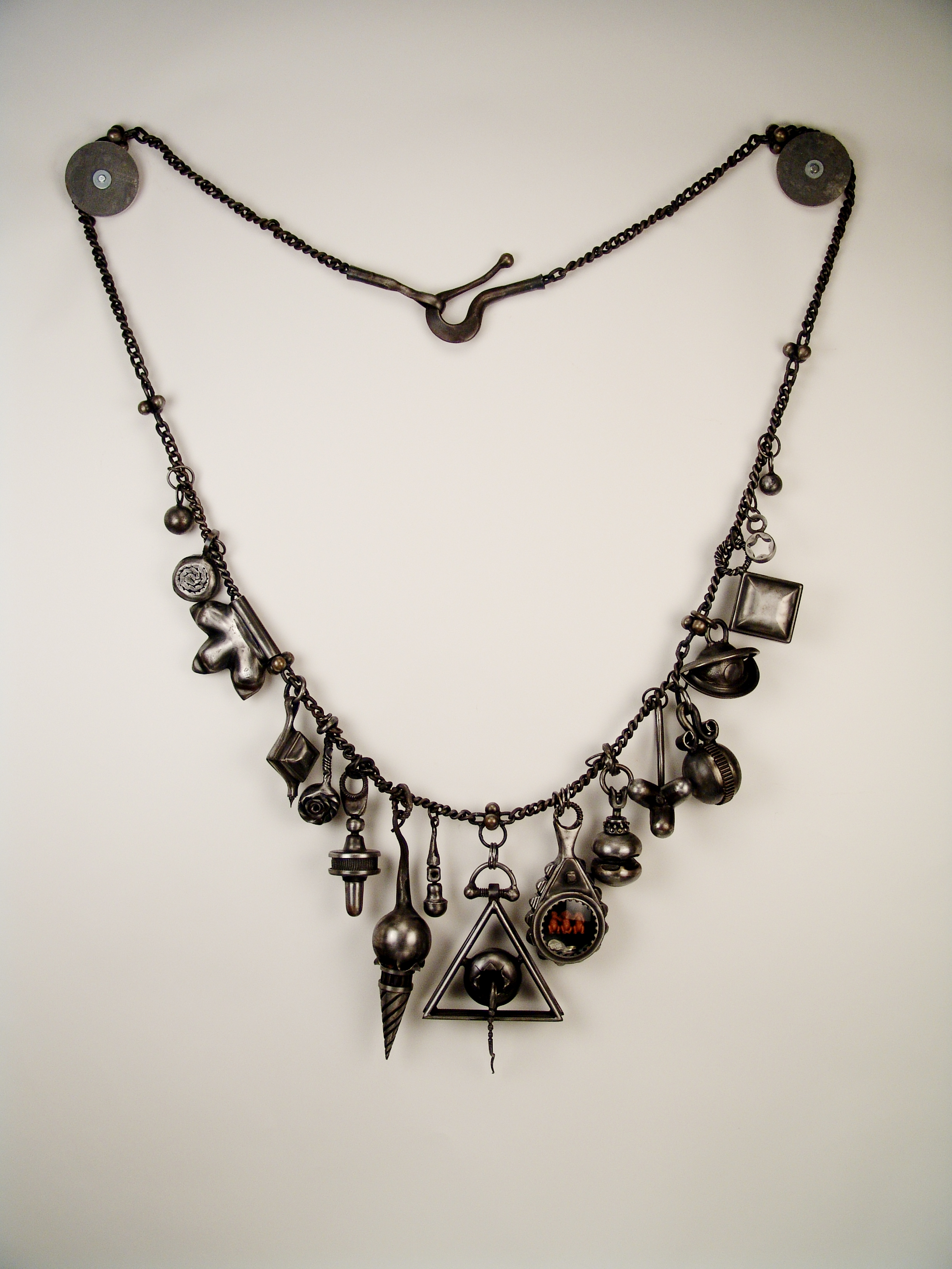 necklace01.JPG