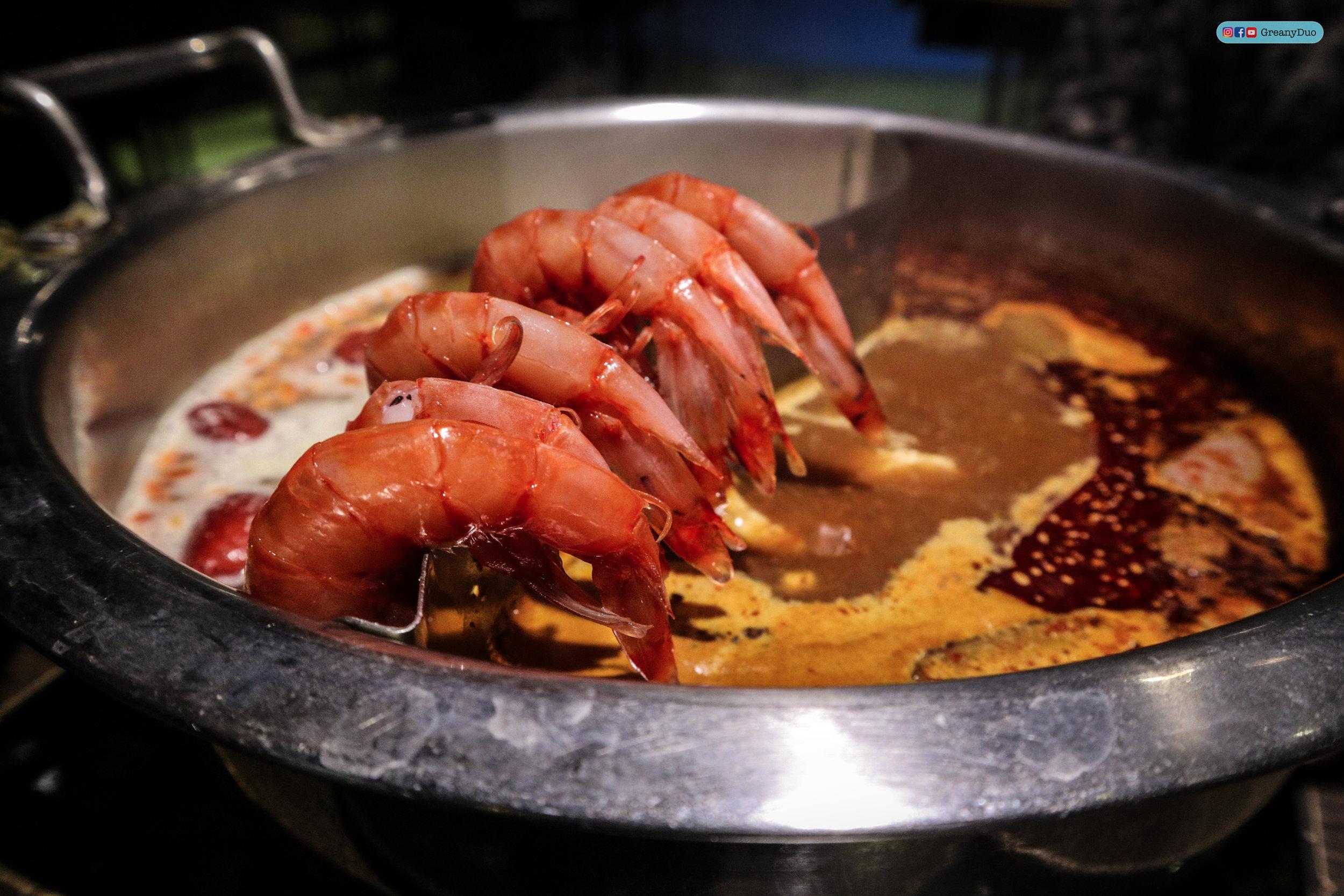 special shrimp at บุฟเฟ่ต์ชาบูไต้หวันที่ Hakkai Shabu Shabu ซีเหมินติง