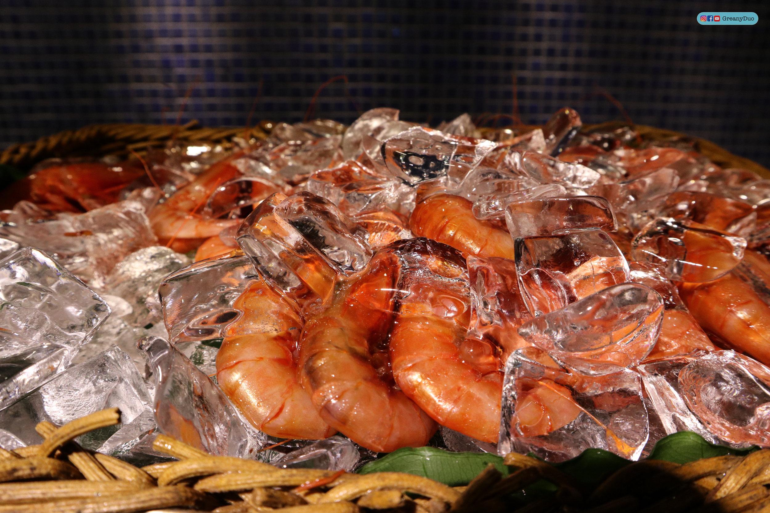 fresh shrimps at บุฟเฟ่ต์ชาบูไต้หวันที่ Hakkai Shabu Shabu ซีเหมินติง