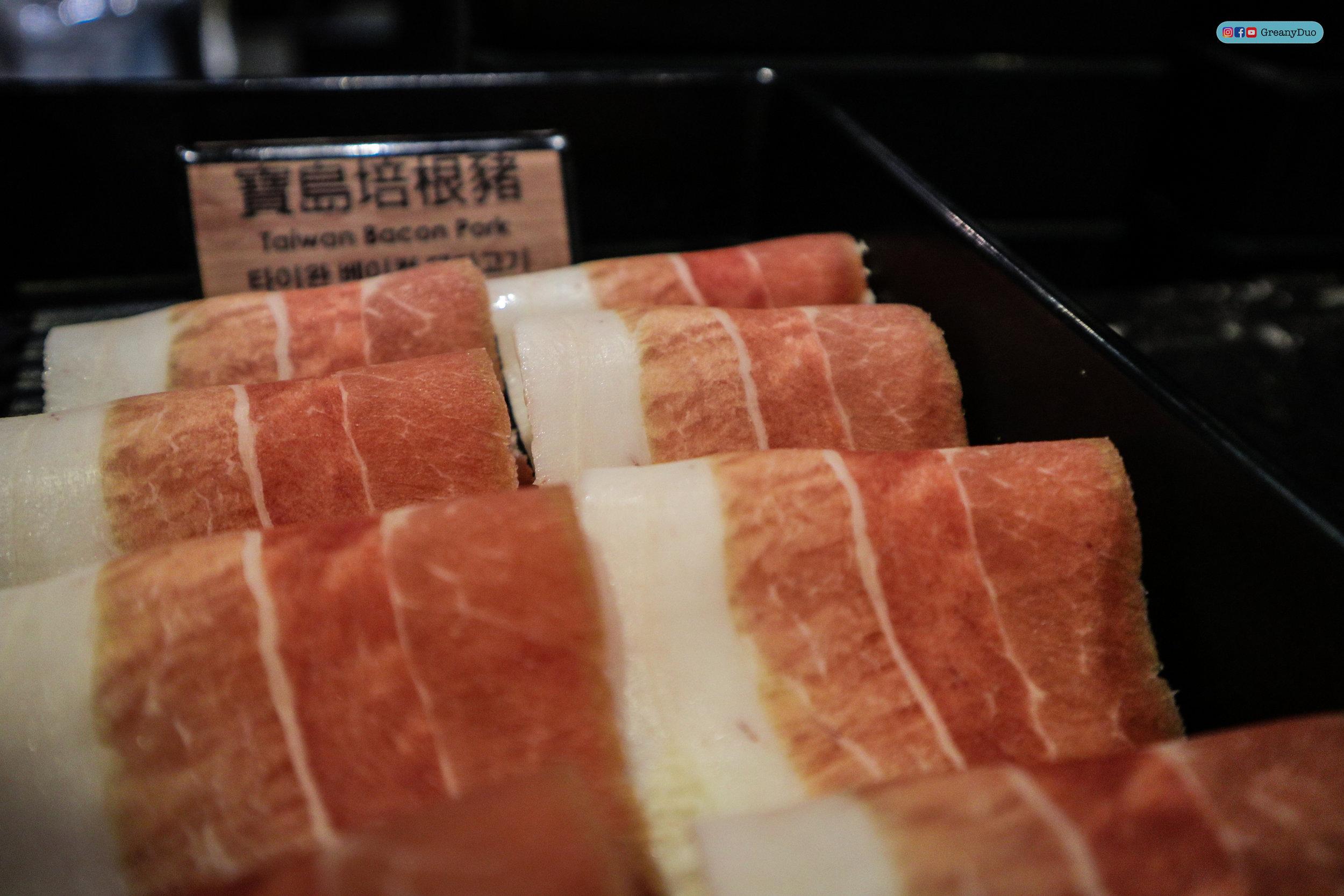 bacon pork at บุฟเฟ่ต์ชาบูไต้หวันที่ Hakkai Shabu Shabu ซีเหมินติง