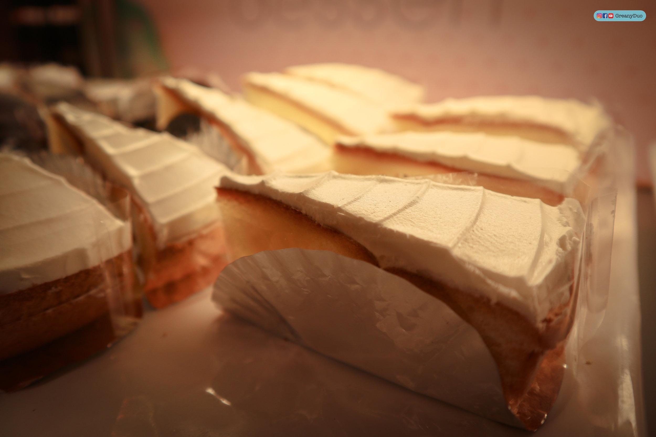 cake at บุฟเฟ่ต์ชาบูไต้หวันที่ Hakkai Shabu Shabu ซีเหมินติง
