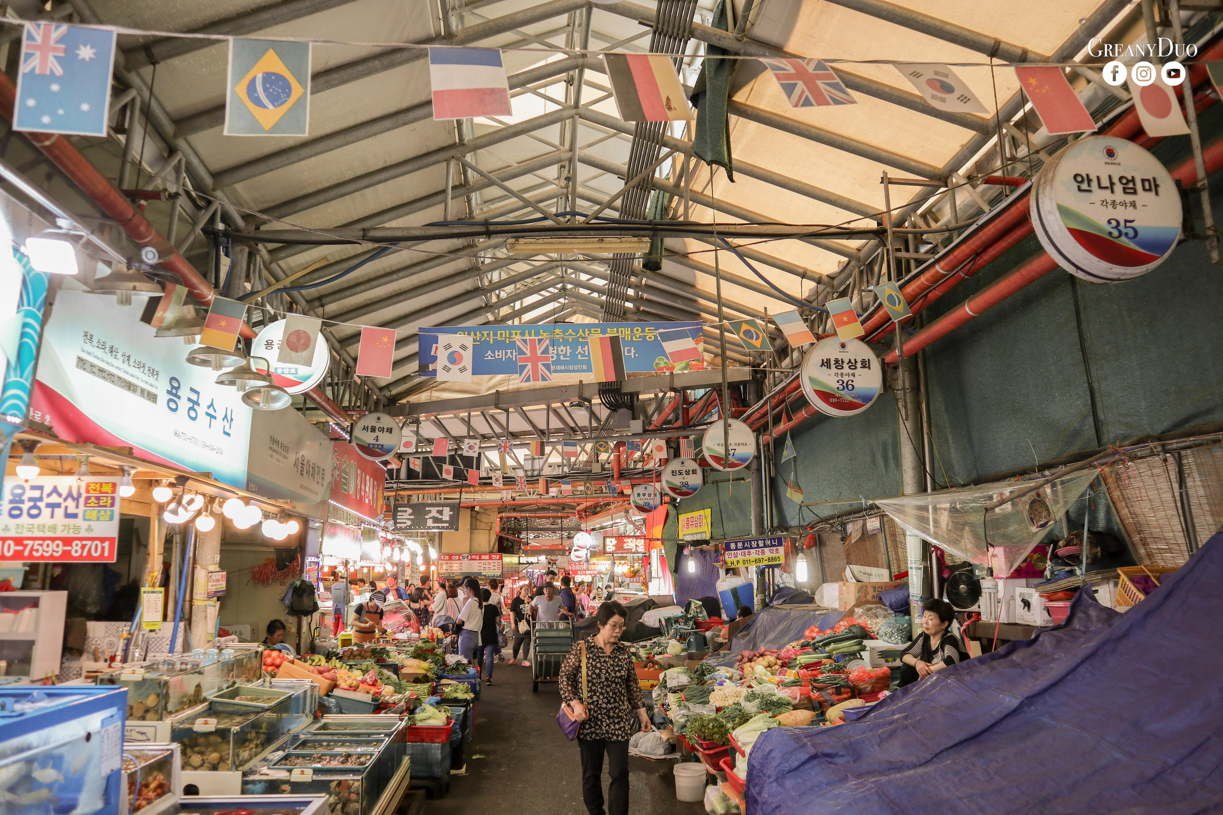 souvenirs, dongmun market, jeju