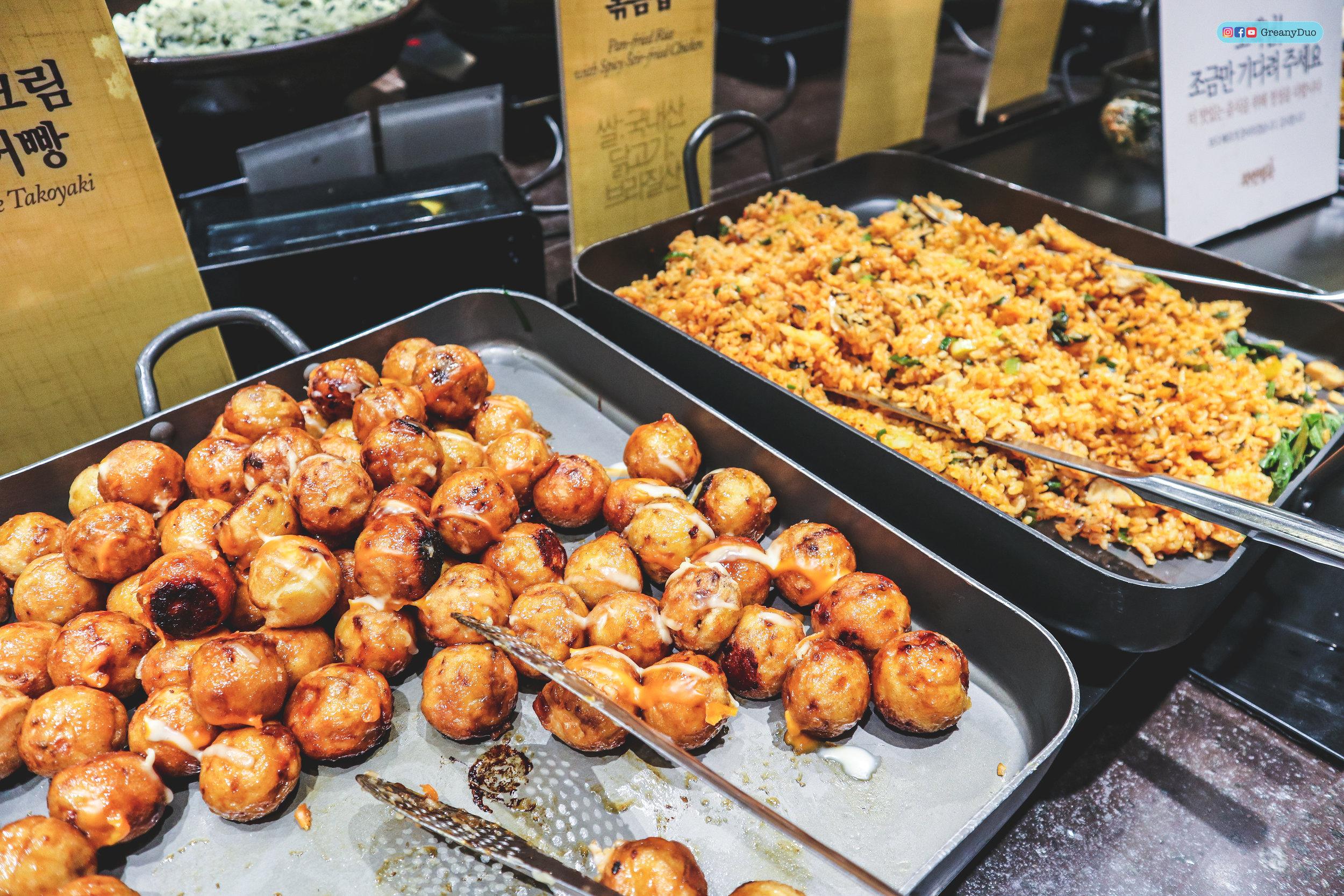 sidedishes at nature kitchen buffet, seoul korea