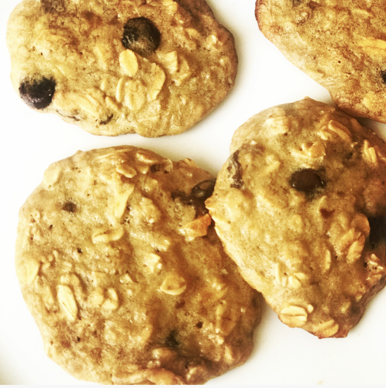 Swiss's Oatmeal Raisin Banana Cookies