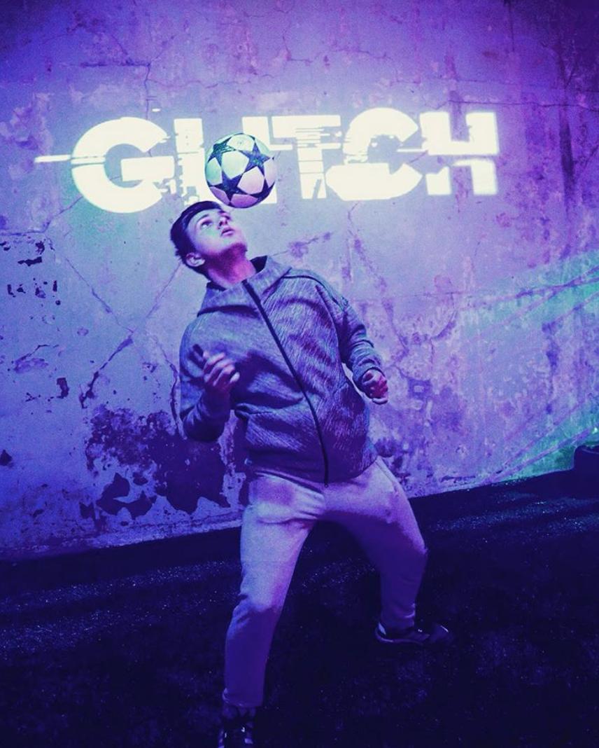 ary-joe-creatives-glitch-adidas-event-london-7.jpg