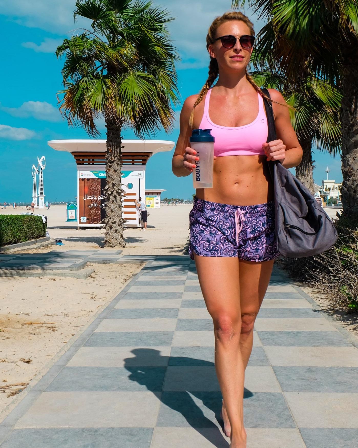beach-fitness-fun-1223349.jpg