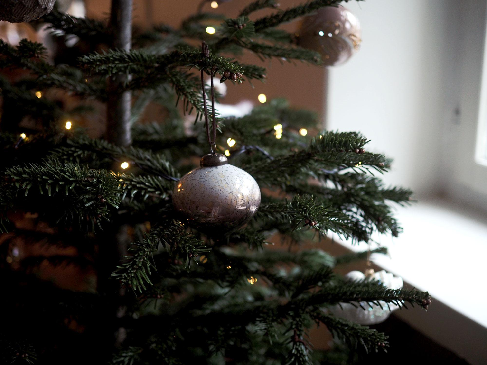 joulukuusi2.jpg