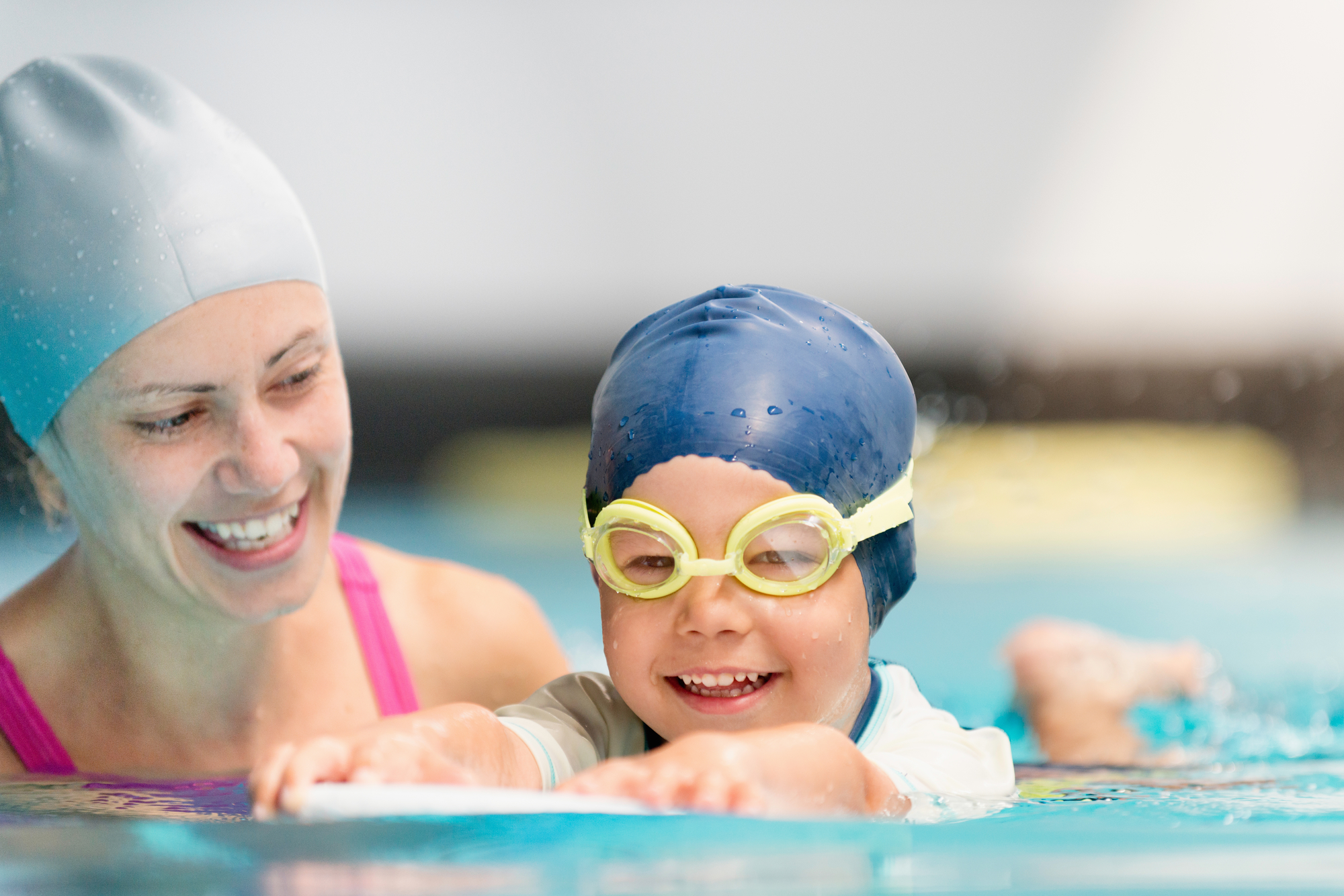 children swimming lessons -
