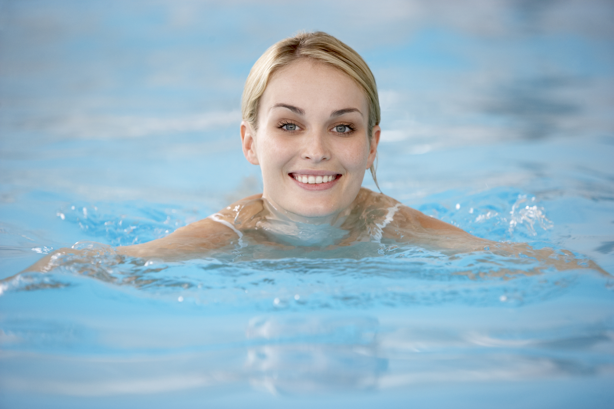 adult swimming lessons -