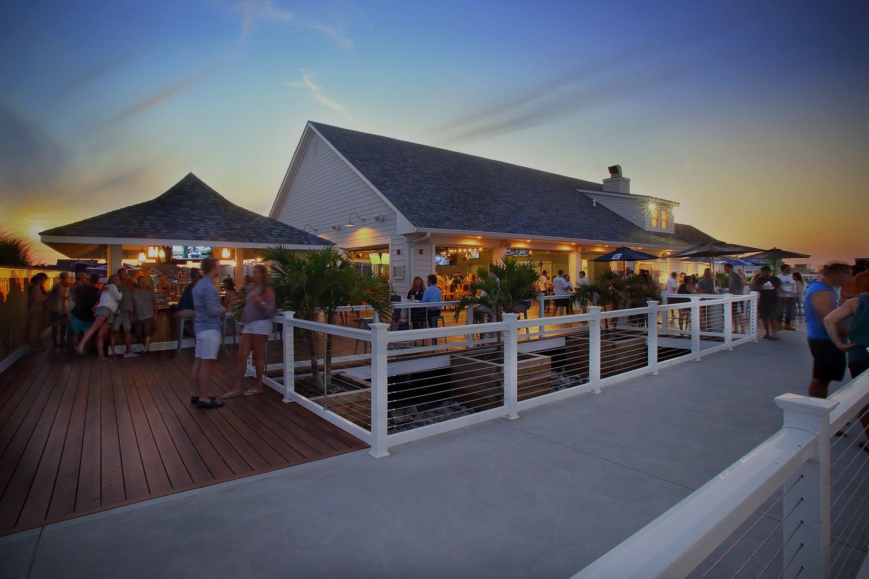 Donovan's Reef Beach Bar