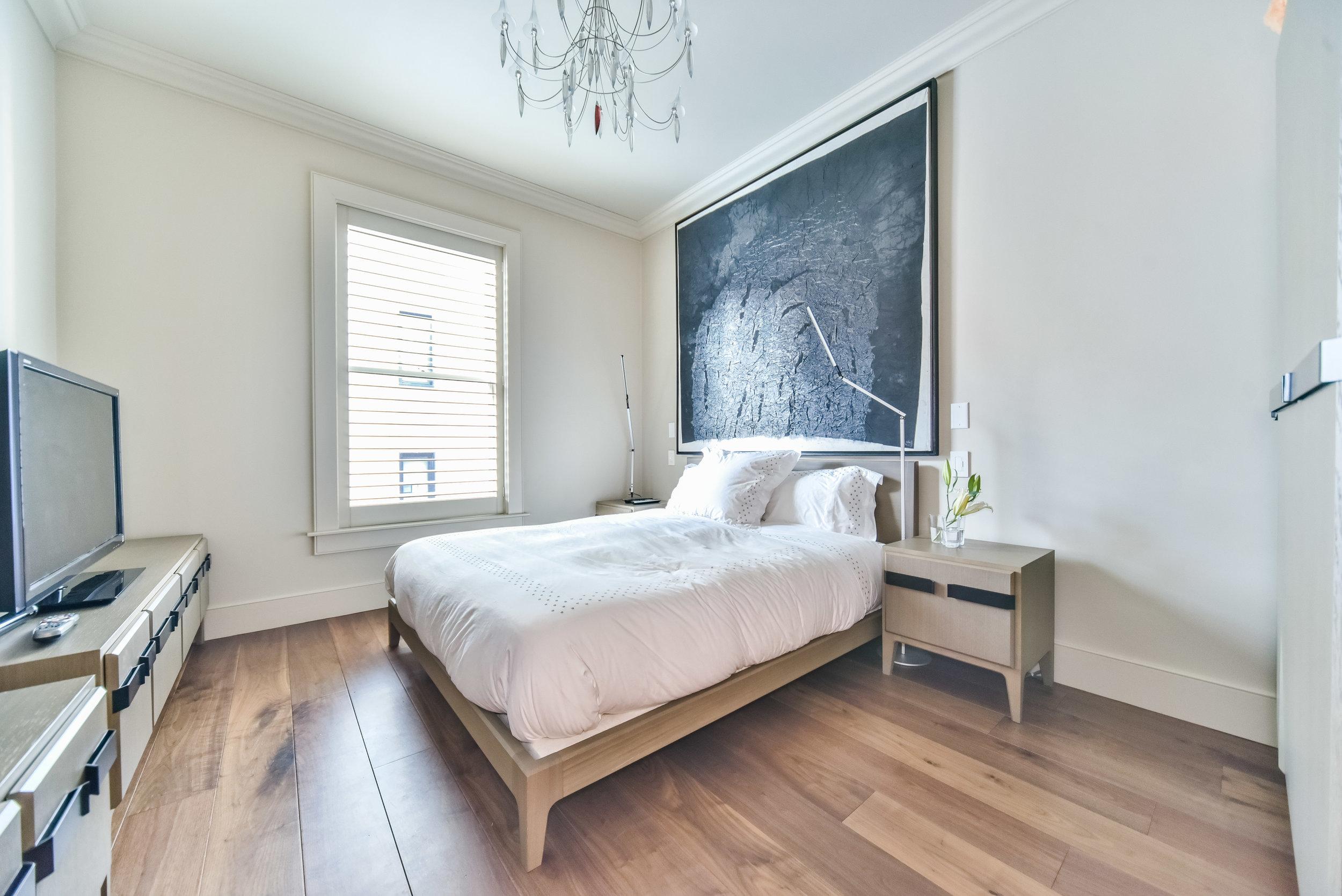 Bed1 copy.jpg