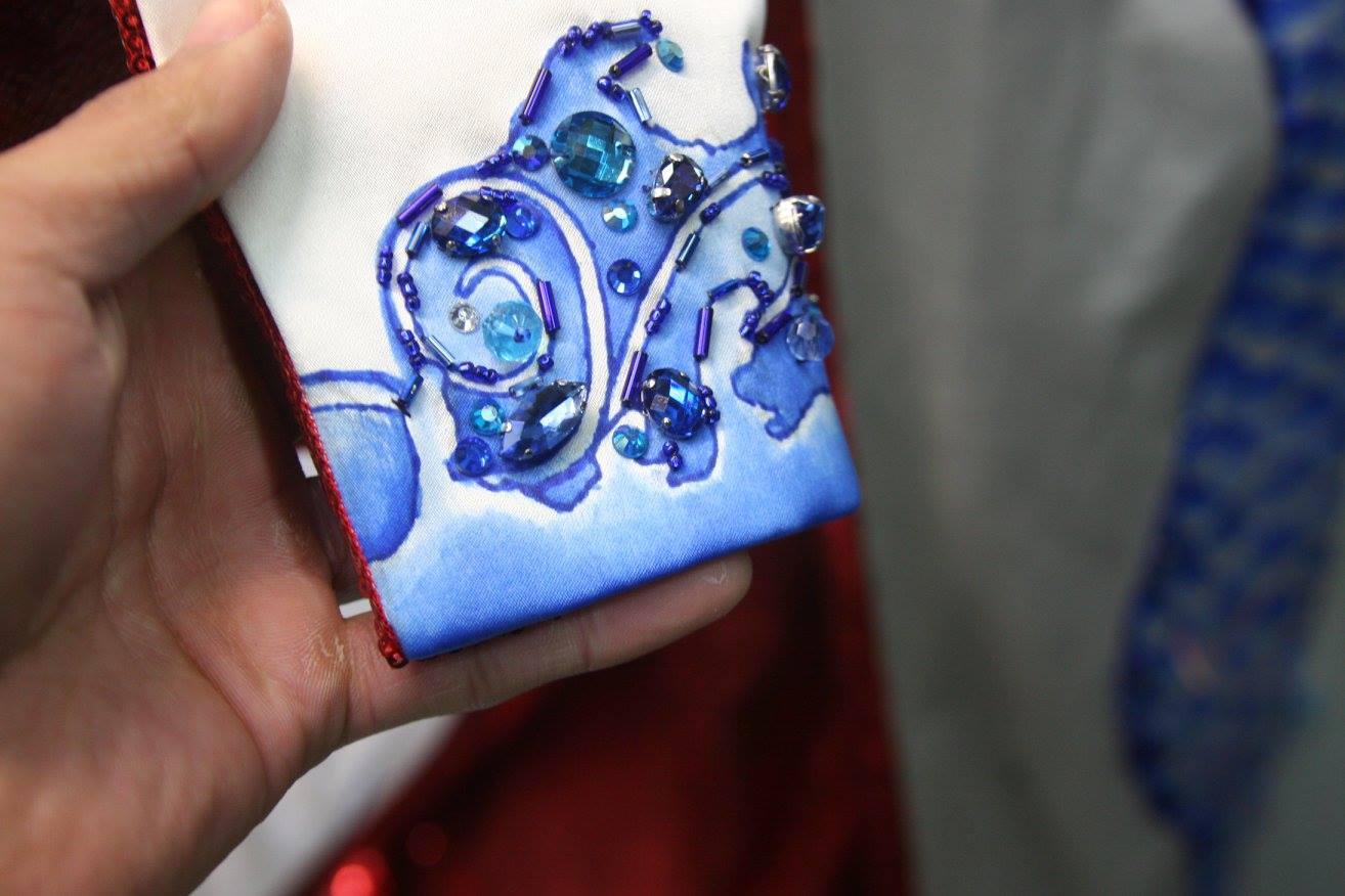 KATY Perry - Restoring Katy Perry's Hand-Painted Dress for the #VSFashionShow