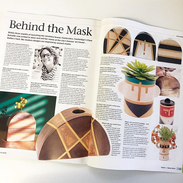 I'm so pleased to have been featured in @velvetmag this month. A double page spread no less!  #Cambridge #pottersofinstagram #cambscreativetreasures  #instapottery #pottery #ceramics #interiorforinspo #instaceramics #livecreatively #topstylefiles #designer #thehandmadeparade #modernhome #retrostyle #creativehappylife #shophandmade #modernmaker #makersgonnamake #interiors  #designermaker #handmadeceramics #modernceramics #contemporaryceramics #interiordesign #interiorstyling #interiordesire #budvase #madeinbritain #petalsandprops #artisanmade