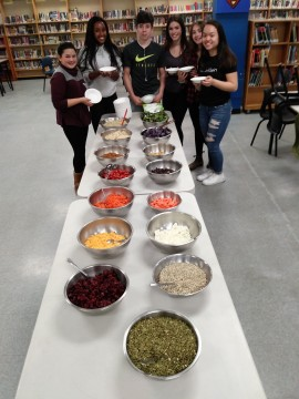 Fairview Students Build a Healthy Lunch image.jpg