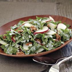 kohlrabi apple and walnut salad.jpeg