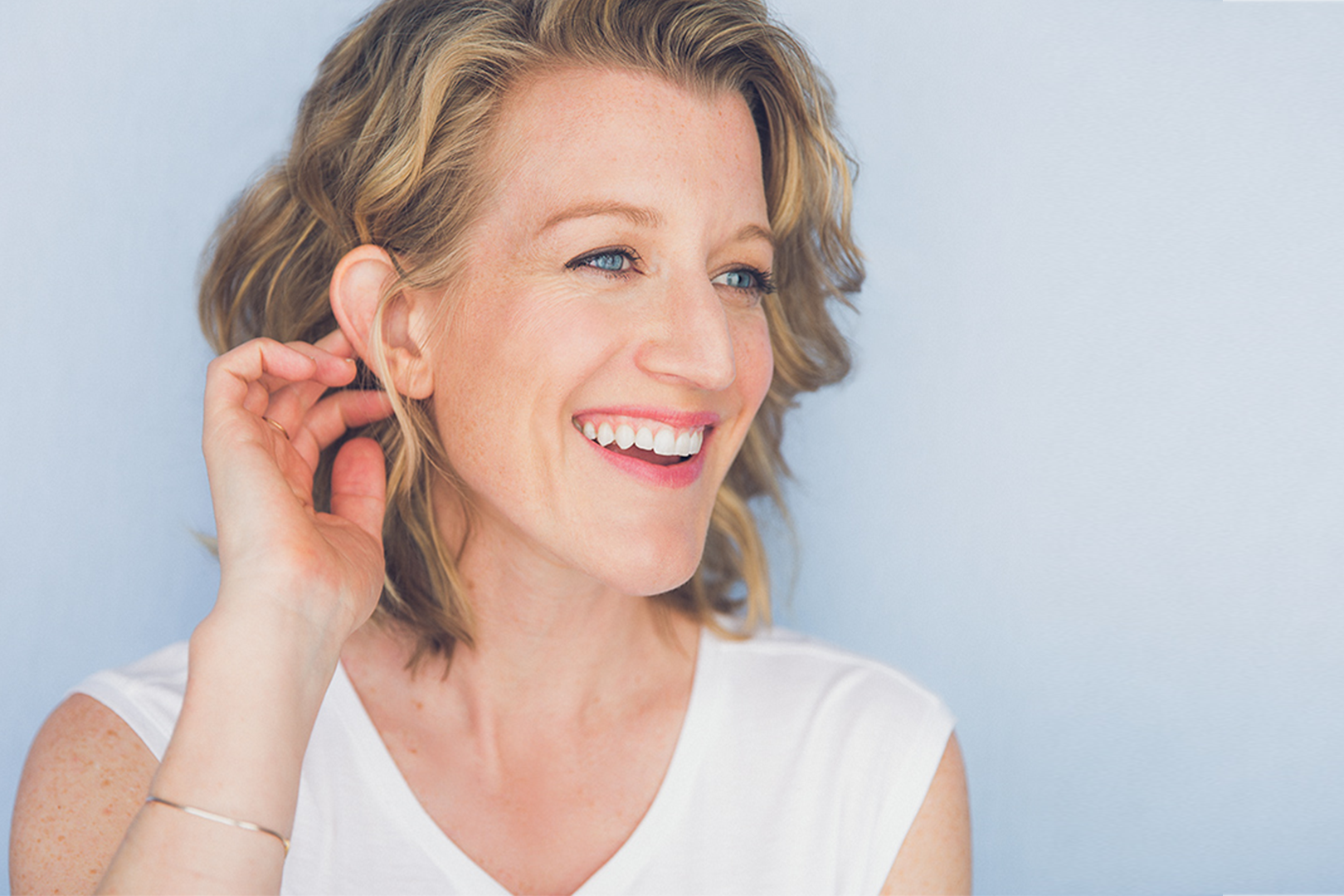Erin Anderson is an actress, deviser, and voiceover artist based in New York City, with a performance background ranging from new plays to classical work to highly physical ensemble-based work. -