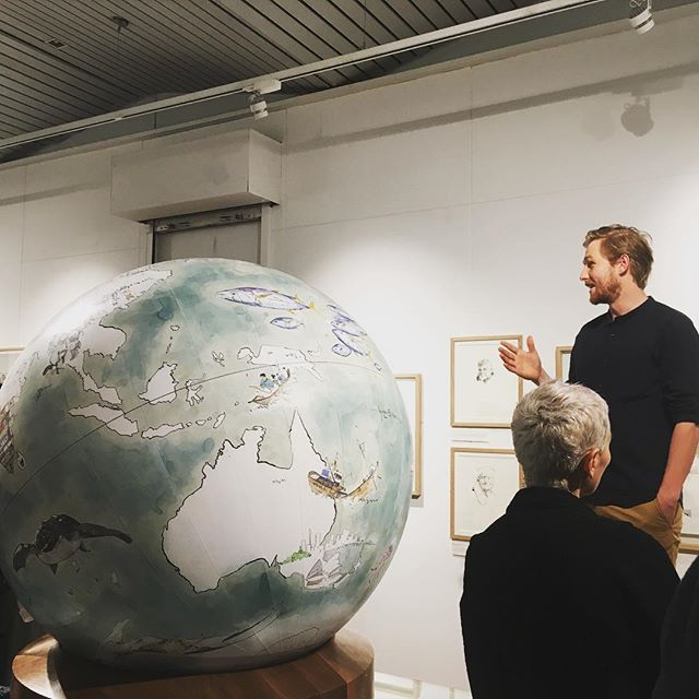 Great to hear @georgebutlerillustration talk about the philosophy behind his work, sketching from sketchy places like #Iraq and #Syria with a focus on #migration. Go see the exhibition @banksidegallery in the next few days, it's brilliant. #art #conflictzone #sketch #exhibition #london