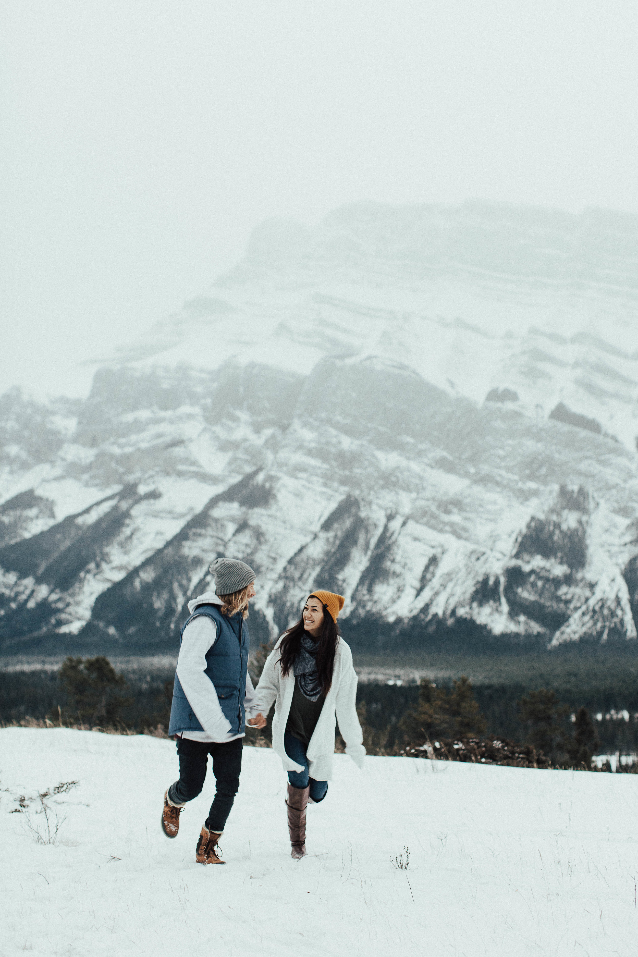 Banff Engagement Photographer - Winter Mountain Adventure Engagement Session - Michelle Larmand Photography-011
