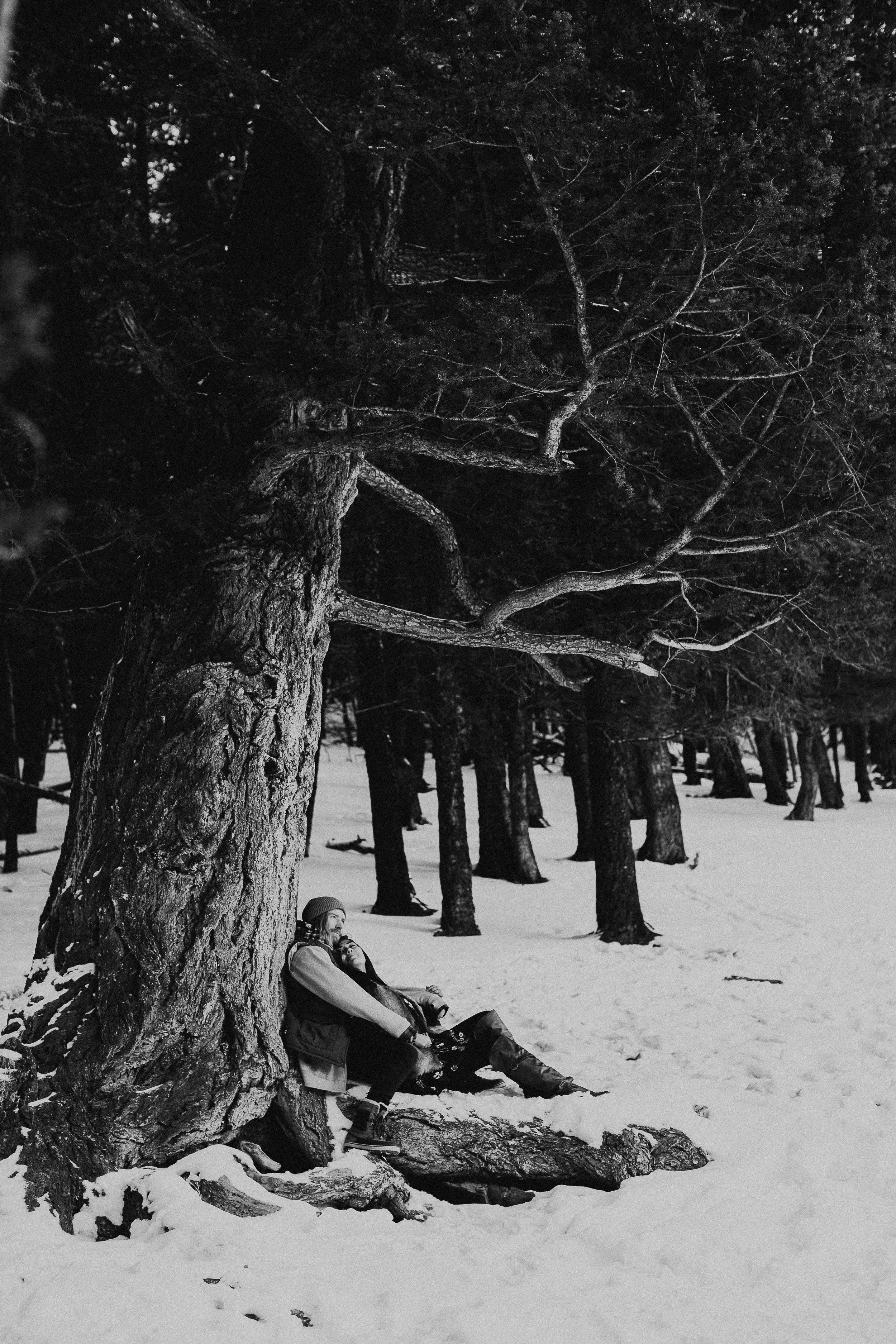 Banff Engagement Photographer - Winter Mountain Adventure Engagement Session - Michelle Larmand Photography-060