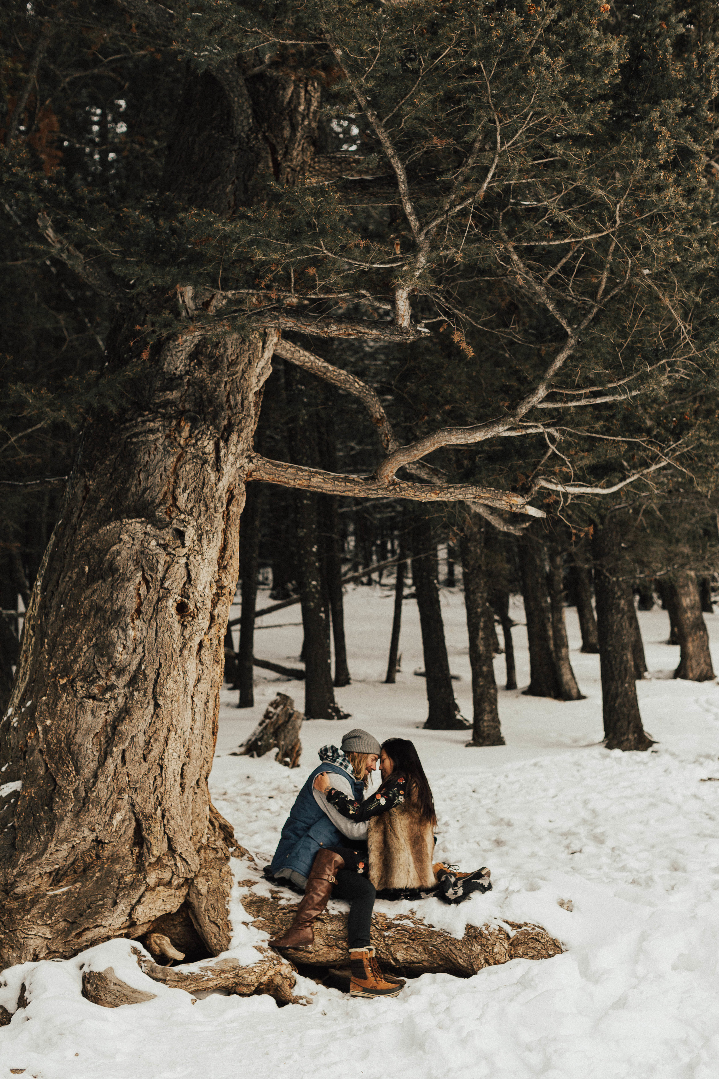 Banff Engagement Photographer - Winter Mountain Adventure Engagement Session - Michelle Larmand Photography-066